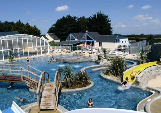 Camping le domaine de l veno location gu rande for Piscine guerande 44