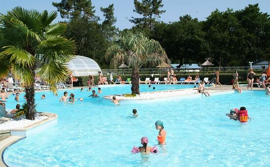 Camping Les Viviers****